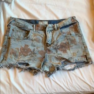 Free People Denim Shorts Floral